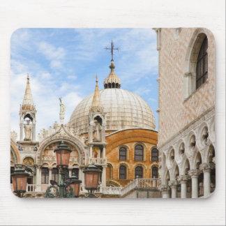Venecia, Véneto, Italia - los pájaros se encaraman Tapetes De Raton