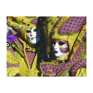 Venetian Couple With Colorful Carnival Costumes Canvas Print