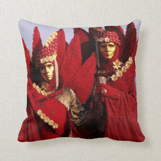 Venetian Couple With Red Carnival Costumes Throw Pillow