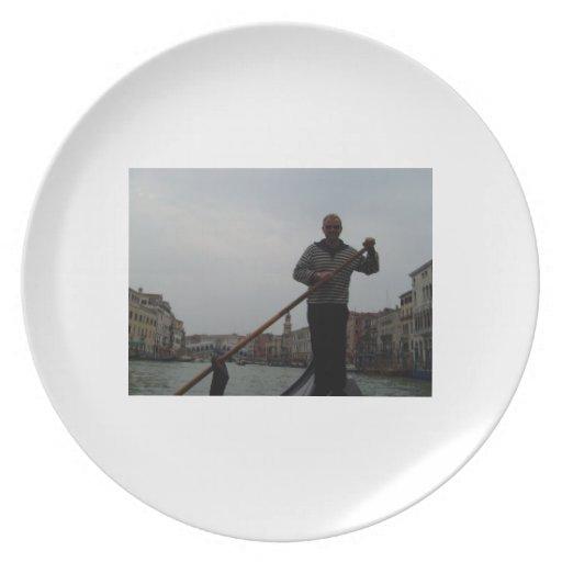 Venetian Gondalier Party Plates