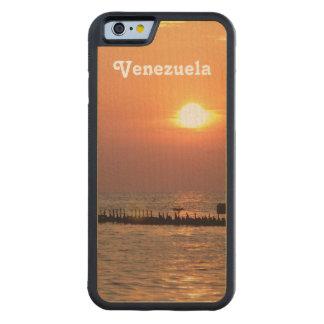 Venezuela Carved® Maple iPhone 6 Bumper Case