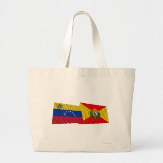 Venezuela y banderas que agitan de Aragua Bolsa