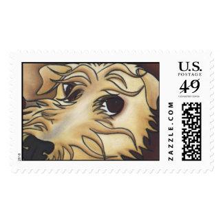 Venga más cerca… sello postal