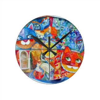 Venice cats carnaval round wall clock