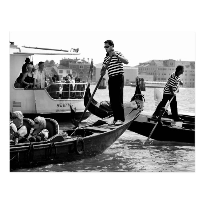 VENICE GONDOLIERS IN BLACK AND WHITE POSTCARD