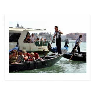 VENICE GONDOLIERS ON THE GRAND CANAL POSTCARD