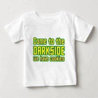 Venido al Darkside tenemos galletas Playera De Bebé