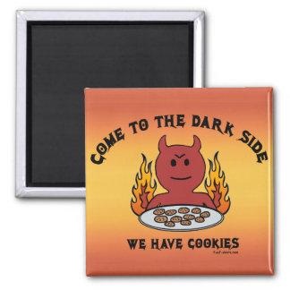 Venido al imán del lado oscuro