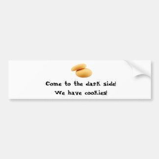 ¡Venido al lado oscuro! ¡Tenemos galletas! Etiqueta De Parachoque