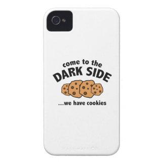 Venido al lado oscuro… tenemos galletas Case-Mate iPhone 4 funda