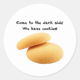 ¡Venido al lado oscuro! ¡Tenemos galletas!