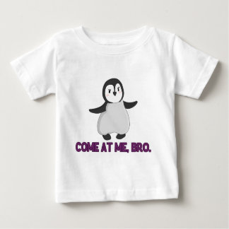Venido en mí, pingüino de Bro Playera De Bebé