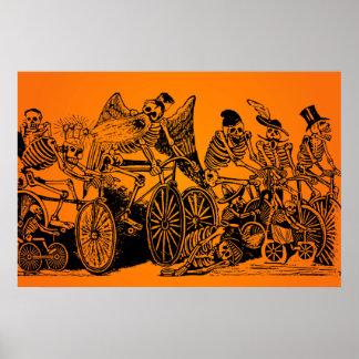 ¡VENTA DE HALLOWEEN! Ciclistas esqueléticos de J.  Posters