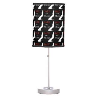 Venta en los zapatos con la silueta de un zapato lámpara de mesa