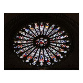 Ventana color de rosa de la iglesia del cristal de postales