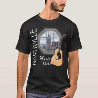 Ventana de Nashville en la camiseta oscura de los