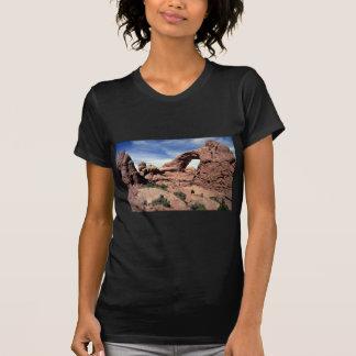 Ventana del sur, arcos parque nacional, forma de camiseta