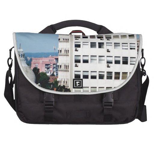 ventanas de la ciudad bolsa de ordenador