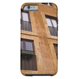 Ventanas del apartamento, Roma, Italia Tough iPhone 6 Case