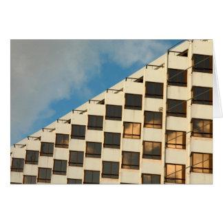 Ventanas del hotel tarjeta de felicitación
