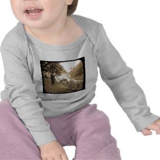 Ventilador suizo del cuerno de las montañas de la camisetas