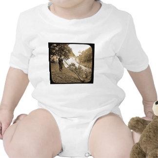 Ventilador suizo del cuerno de las montañas de la traje de bebé