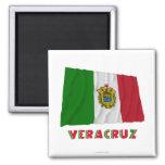Veracruz que agita la bandera oficiosa imán cuadrado