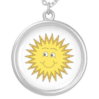 Verano amarillo Sun con una cara feliz Colgante Redondo