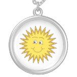 Verano amarillo Sun con una cara feliz Pendiente Personalizado