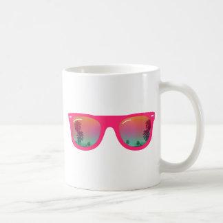 Verano de las gafas de sol taza básica blanca