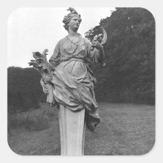 Verano, estatua en los jardines pegatinas cuadradases