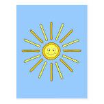 Verano feliz Sun. Amarillo y azul Postal