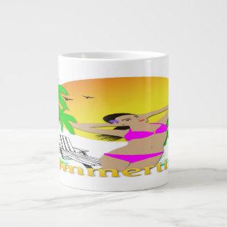 Verano - taza enorme de la especialidad del chica taza grande