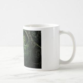 Verde abstracto de la piel de serpiente taza