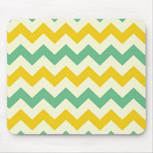 Verde amarillo de los zigzags de Chevron de la fru Alfombrilla De Ratones