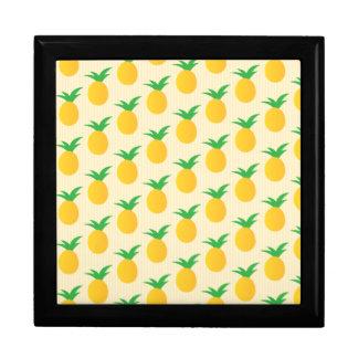 Verde amarillo del modelo de la piña cajas de recuerdo