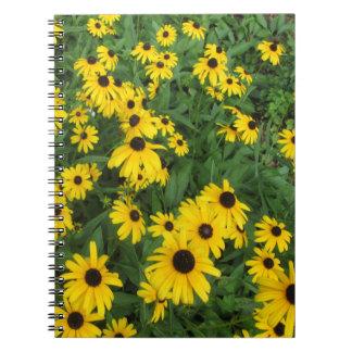 Verde amarillo observado negro de Susans Cuaderno
