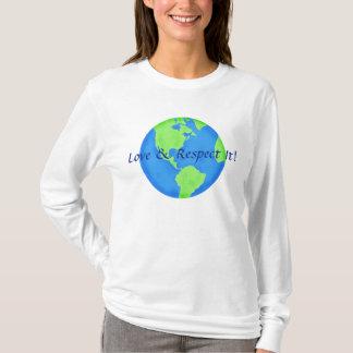 Verde azul del globo de la tierra del amor y del playera