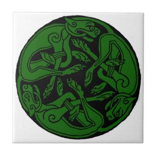 Verde céltico de chien del rond azulejo cuadrado pequeño