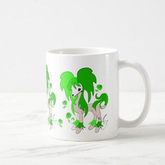 Verde con cresta del chino lindo taza básica blanca