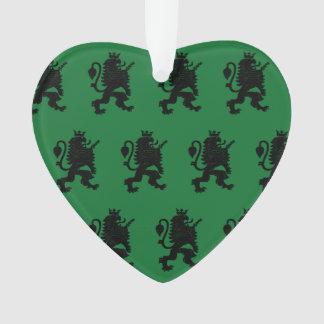 Verde coronado del negro del león