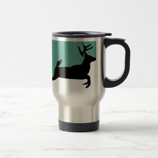 Verde corrido ciervos taza de viaje