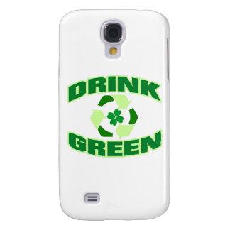 Verde de la bebida trébol