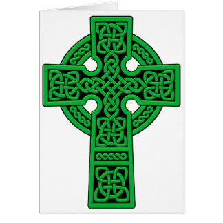 Verde de la cruz céltica tarjeta de felicitación