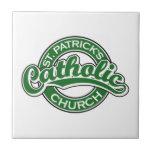 Verde de la iglesia católica de St Patrick Azulejo