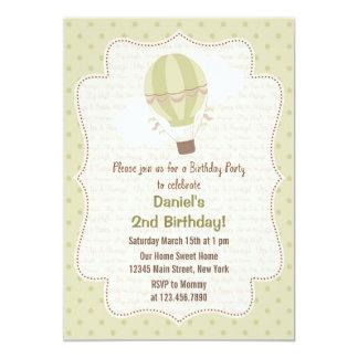 Verde de la invitación de la fiesta de cumpleaños
