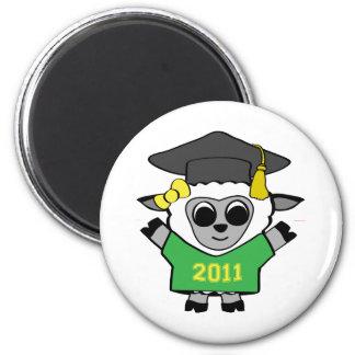Verde de las ovejas del chica y graduado 2011 del  imán redondo 5 cm