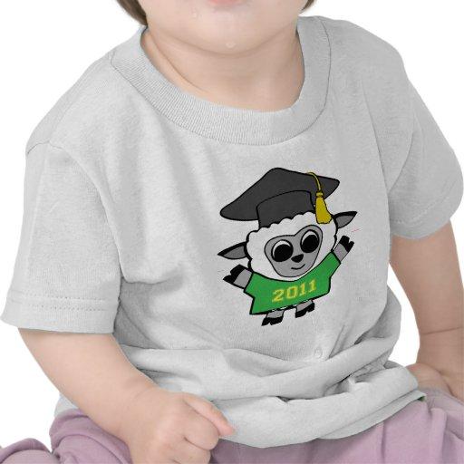 Verde de las ovejas del muchacho y graduado 2011 d camiseta