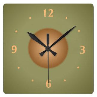 Verde de musgo con el reloj de la cocina del llano