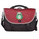 Verde de santa del búho con brillo rojo bolsas de portatil